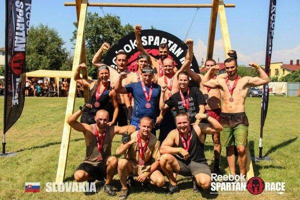 Spartan Team Stará Ľubovňa tvoria fanúšikovia športu, zábavy a hlavne tí, ktorí chcú sami sebe dokázať, že zvládnu aj také náročné preteky ako je SPARTAN RACE.