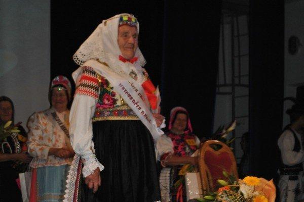 Víťazka. Vyhrala Ružena Zachvejová zo Ždiaru.