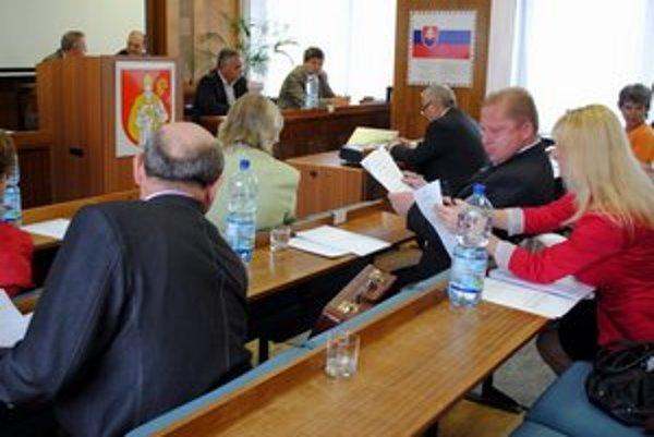 Mestský parlament bude rokovať vo štvrtok popoludní.