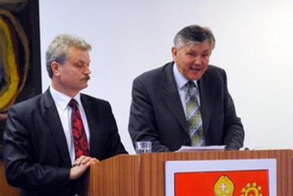 Kritika. Primátor Michal Biganič ju nepovažuje za oprávnenú. Vpravo súčasný konateľ Ekosu.