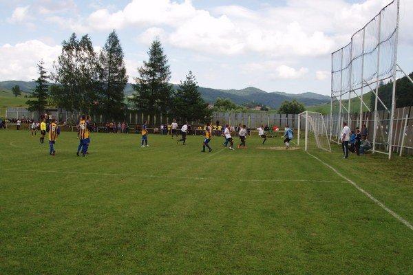 Domáce mužstvo Šar. Jastrabia triumf na turnaji napokon nedosiahlo