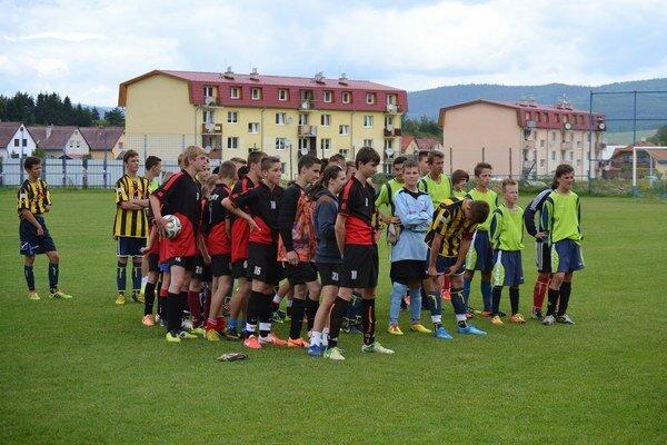 Tri zúčastnené tímy. žiaci Jakubian, Šarišského Jastrabia a Novej Ľubovne. Štvrtý účastník  Plaveč nedorazil.