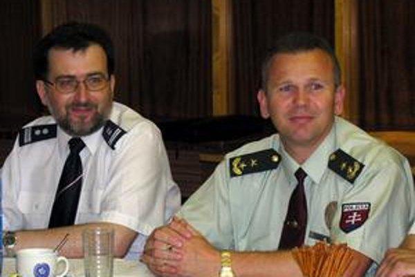 Witold Bodziony je šéfom polície v Nowom Saczi, Ján Devera v Starej Ľubovni.