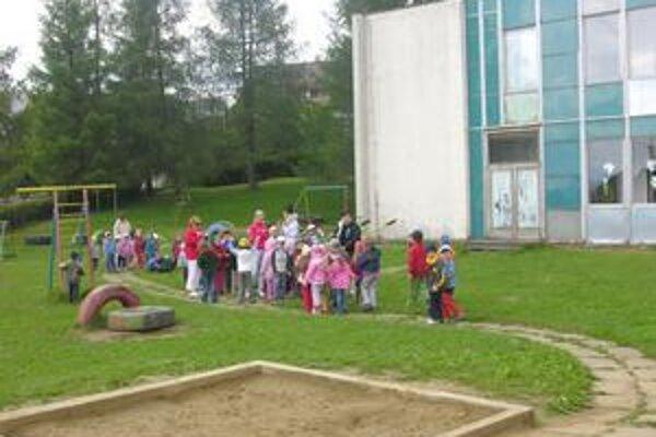 Materská škola Vsetínska. Zariadenie sa teší obľube u veľkej skupiny rodičov.