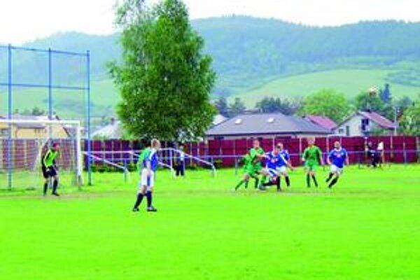 Novoľubovňania si schuti zastrieľali. Kyjovčanom doma nasúkali päť gólov.