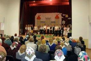 Program. Deň matiek v Kyjove obohatili vystúpenia detí.