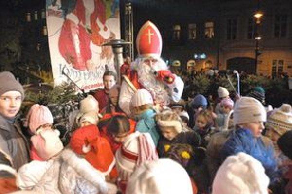 Svätý Mikuláš dnes zavíta aj do Starej Ľubovne.
