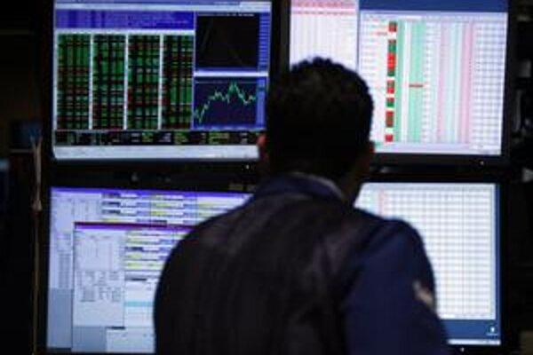 Zárobky akcií pomohli znížiť alebo vymazať straty v treťom pilieri.