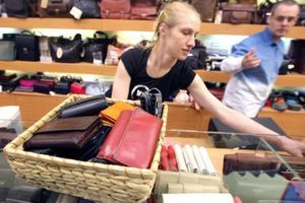 V galantérii Roderico v bratislavskom Auparku môžete zošrotovať svoju starú peňaženku a novú si kúpiť so 40percentnou zľavou.