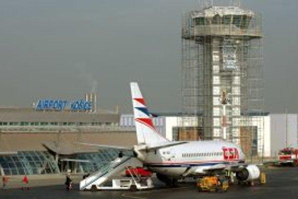 Spoločnosť Penta svoj podiel akcií letiska v Košiciach predala rakúskej konkurencii.