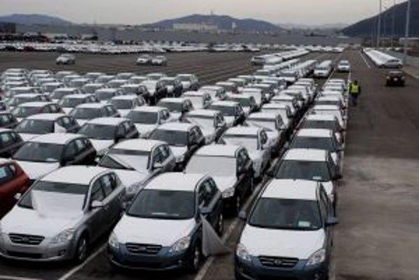 Slovenská ekonomika je silná hlavne vďaka automobilkám.