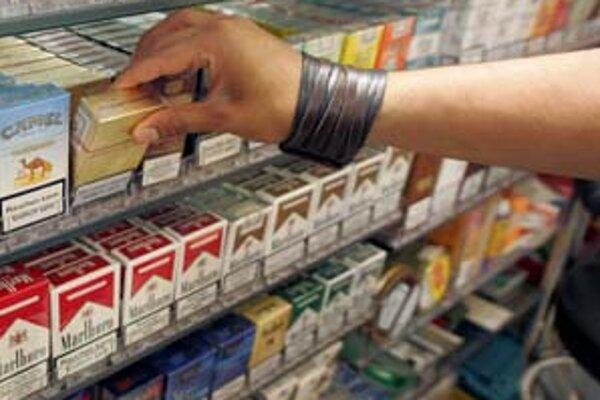 Obchodníci sa vlani na zvýšenie spotrebnej dane pripravovali tým, že nakupovali cigarety do zásoby.