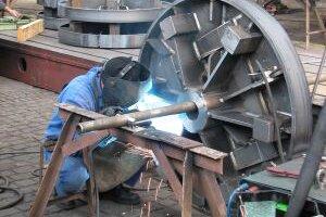 Spoločnosť Tatravagónka, a.s. Poprad plánuje v najbližších dvoch rokoch prijať 800 nových zamestnancov. Najväčší záujem má o zváračov a obrábačov kovov. Noví zamestnanci majú možnosť okrem zaujímavého platu, ktorý sa v robotníckych profesiách pohybuje na