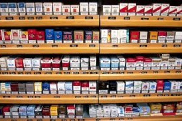 Ministerstvo navrhuje zvýšenie spotrebnej dane na jednu cigaretu o 26 halierov.