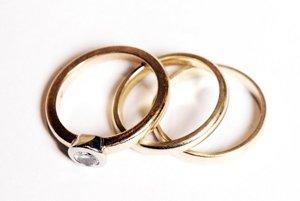 Prstene, ktoré som zdedila po mame.
