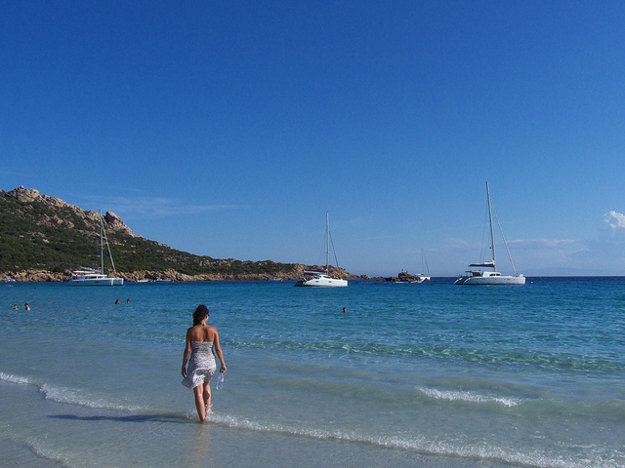 Pláž Roccapina na Korzike.