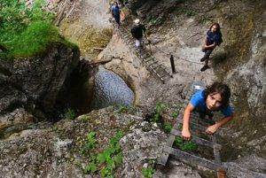 Roklina Suchá Belá je jednou z najnavštevovanejších lokalít v Národnom parku Slovenský raj.