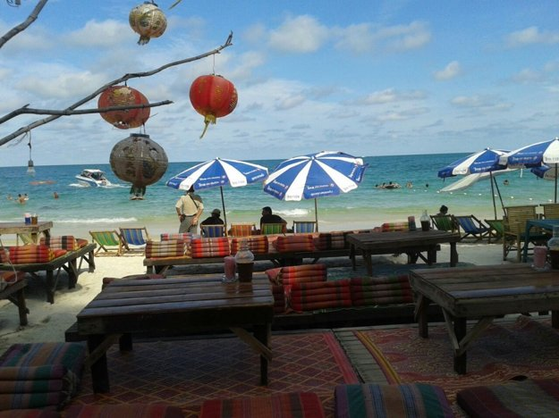 Thajci sa na pláže nechodia opaľovať.