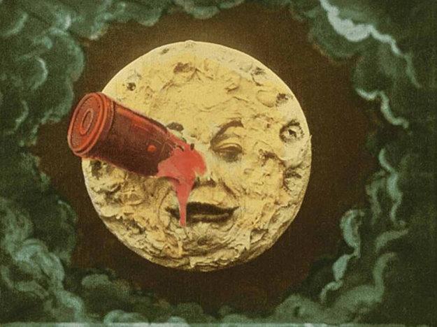 Z Vernovej knihy Cesta na Mesiac vychádzal vo svojom slávnom filme Georges Mélies.
