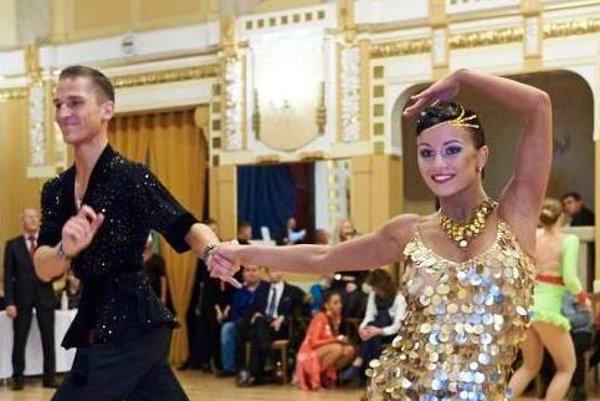 Tanečníci Dušan Klimo a Mária Golowlewa.