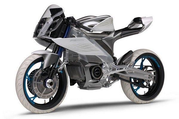 Koncept PES2 je cestným motocyklom s pohonom oboch kolies