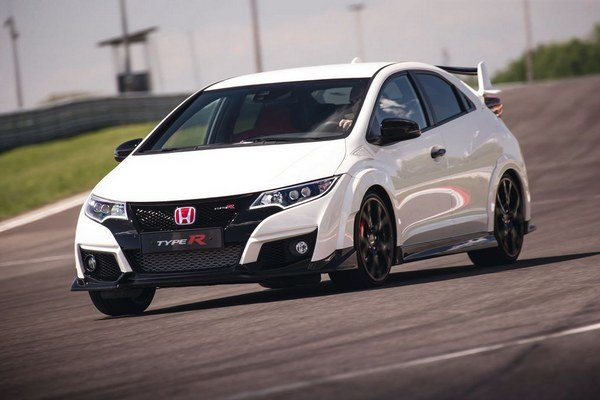 Honda Civic Type R patrí opäť na vrchol svojej kategórie. Aj v jazde na okruhu.