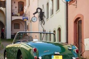 Od roku 1959 bol v príplatkovej ponuke i pevná odnímateľná strecha.