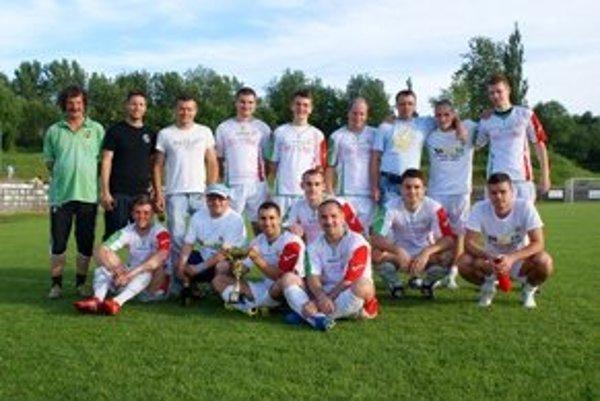 FC Baník Horná Nitra B - víťaz II. triedy OBlFZ Prievidza.