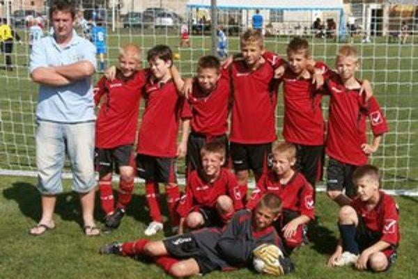 Mladí futbalisti FK Junior Kanianka.