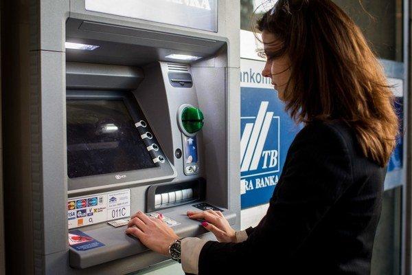Bankám pošleme viac peňazí.