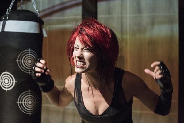 Barbora Andrešičová ako Dani v hre Hamlet je mŕtvy - Faust je hladný.