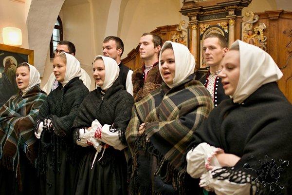 Folklórny súbor Domovina.