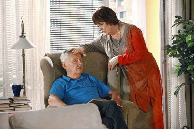 V Paneláku s Božidarou Turzonovovou. V postave Emila Blichára ho ľudia milovali.