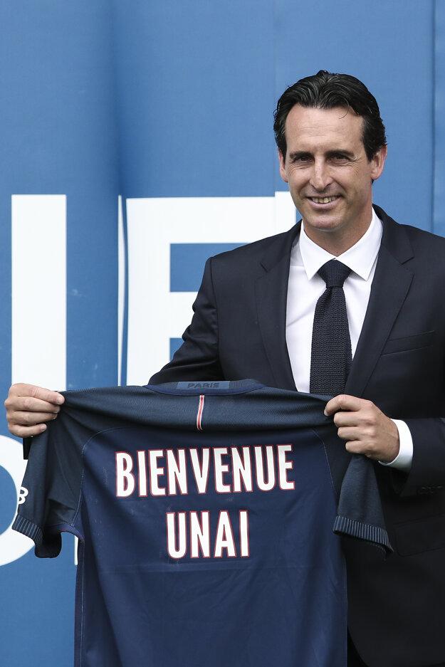 Po úspechoch so Sevillou prijal Unai Emery výzvu od francúzskeho majstra PSG.
