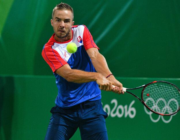 Andrej Martin hrá už v osemfinále.