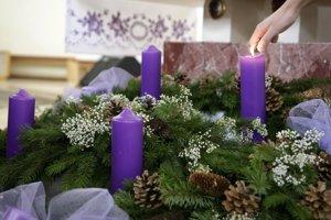 Prvú adventnú sviečku zapálime 29. novembra.