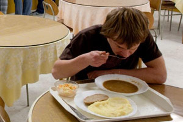 Žiaci z I. ZŠ na Ulici S. Chalupku v Prievidzi budú mať na obedy kratšiu cestu.