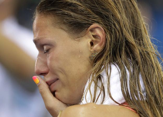 Reakcie publika dohnali Juliu Jefimovovú až k slzám.