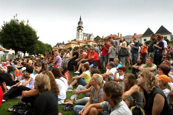 Kremnické gagy každoročne prilákajú do Kremnice tisícky ľudí.