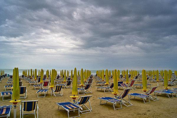 Otvárať slnečníky na pláži v Jesolo teraz bude jednoduchšie a rýchlejšie.
