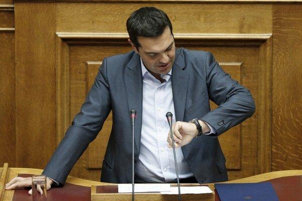 Premiér Tsipras bol vo funkcii len sedem mesiacov.
