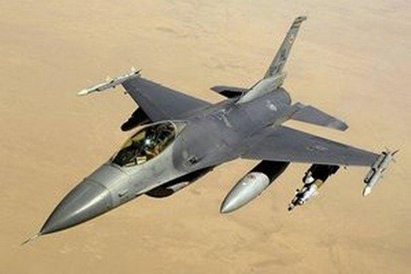 Stíhačka F16.