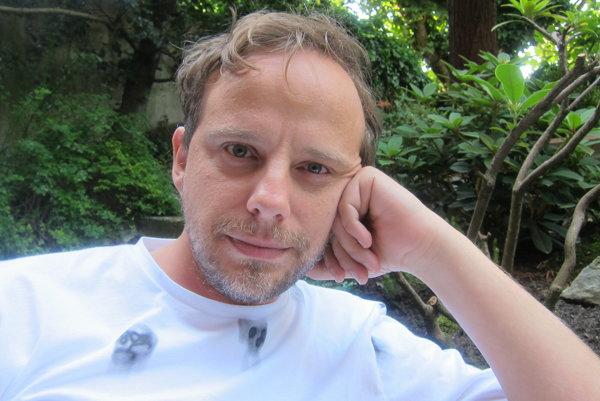 Dokumentarista a režisér seriálu Cestou necestou Tibor Patay (36).