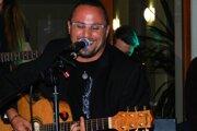 Spevák Robo Mikla získal na tohtoročnom Cityfeste ocenenie Zlatý klinec.