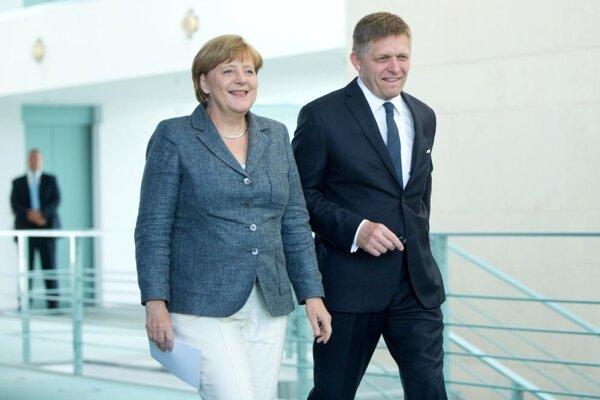Nemecká kancelárka Angela Merkelová a slovenský premiér Robert Fico.