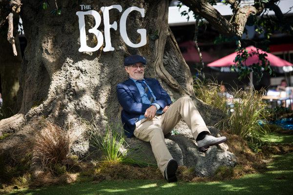 Steven Spielberg, režisér film Kamoš obor. Nakrútil ho podľa knihy The Big Friendly Giant od Roalda Dahla.