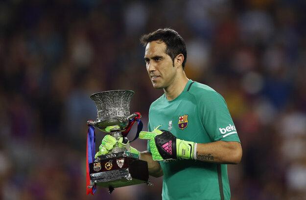 Cladio Bravo sa teší zo zisku španielskeho Superpohára. Odteraz by mal trofeje vyhrávať v drese Manchesteru City.