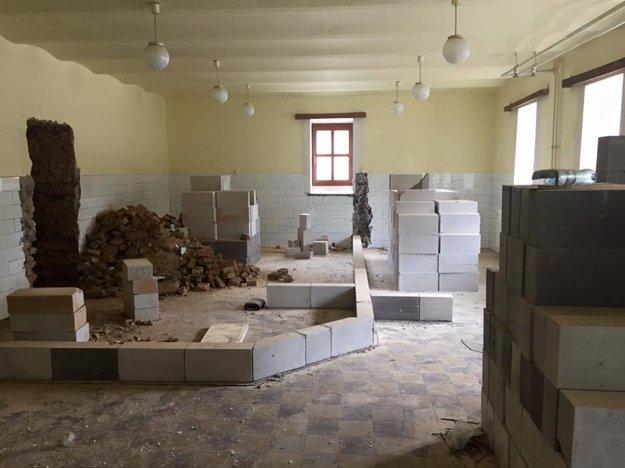 Prestavba na Základnej škole Mihálya Tompu.