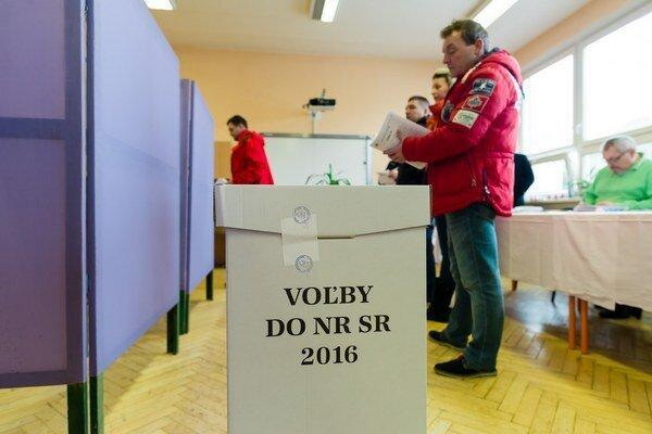 Konečné čísla v hornom Liptove ovplyvní množstvo cezpoľných voličov.