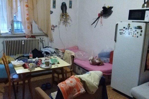 Mužská izba v ružomberskom útulku.